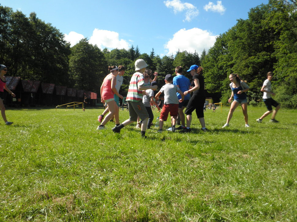 Na dětském táboře s výukou angličtiny se věnujeme i pohybovým hrám